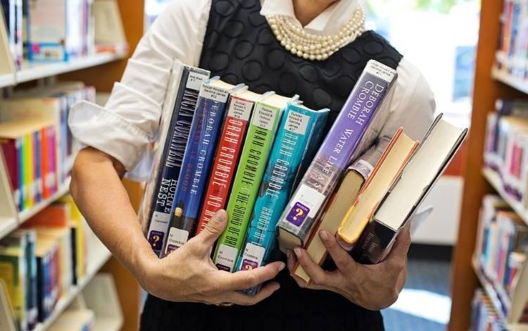 互联网公司开实体书店,坪效是传统书店3倍,如何做到的?